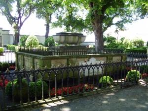 Sir John Moore's tomb and memorial in La Coruña. (Source: Wikipedia)